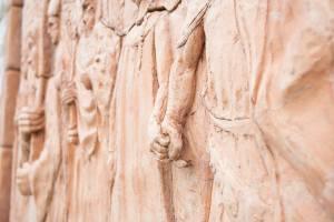 Il sentiero delle chiese bizantine – Scultori Violi