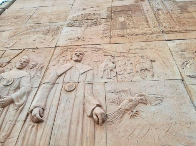 """Il sentiero delle chiese bizantine - SCULTORI Violi - Il ritorno alla """"Scultura Monumentale"""""""
