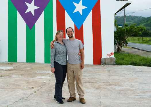 Zentravellers in front of the Puerto Rico Flag