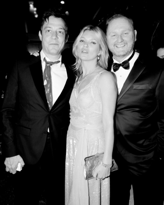 Jamie Hince, Kate Moss e Kevin Robert Frost