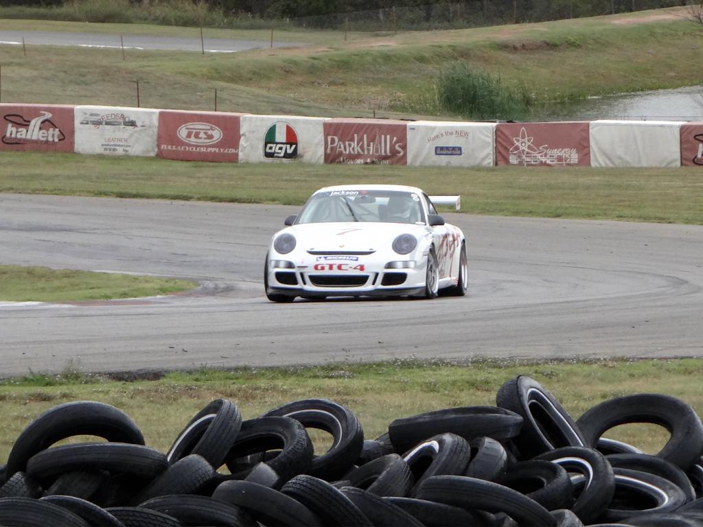 Hallett Motor Circuit Race Track - Zero To 60 Times