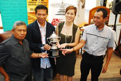 Tiffany & Co Trophies for 2012 Malaysian F1 - 27