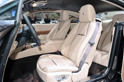 Rolls Royce Wraith (2013) - 38