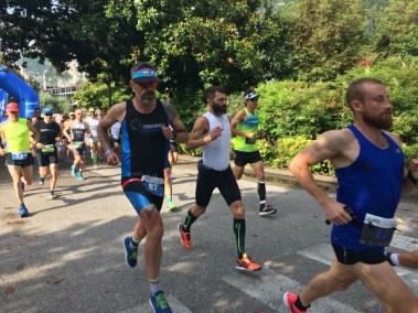 Francesco Uberto running al Garmin WeTri