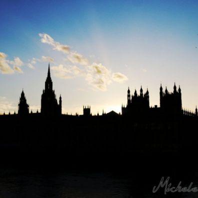 LONDON1425316129000