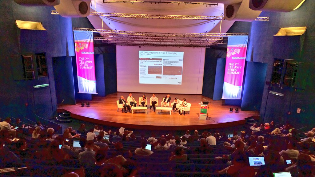 A month full of IoT Events: Microchip, Healthcare, Smart Cities and Industry 4.0