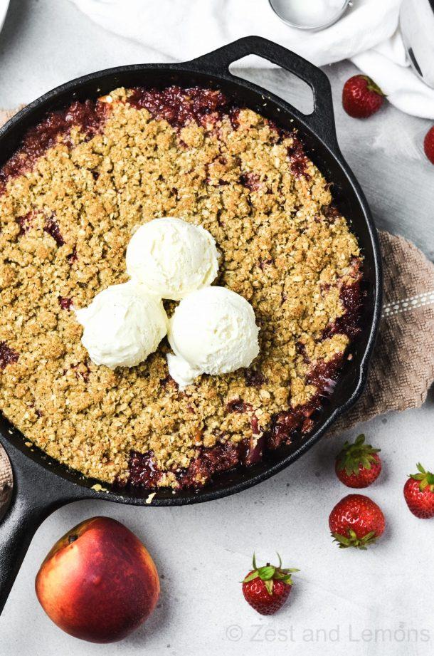 strawberry nectarine skillet crisp, gluten free - Zest and Lemons