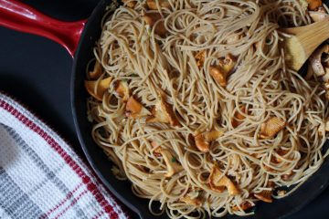 Chanterelle Mushroom Pasta - wild chanterelle mushrooms turn a simple pasta dish into something more elegant. The light butter sauce with garlic and sage pairs well with these golden beauties and allows their flavour to shine!