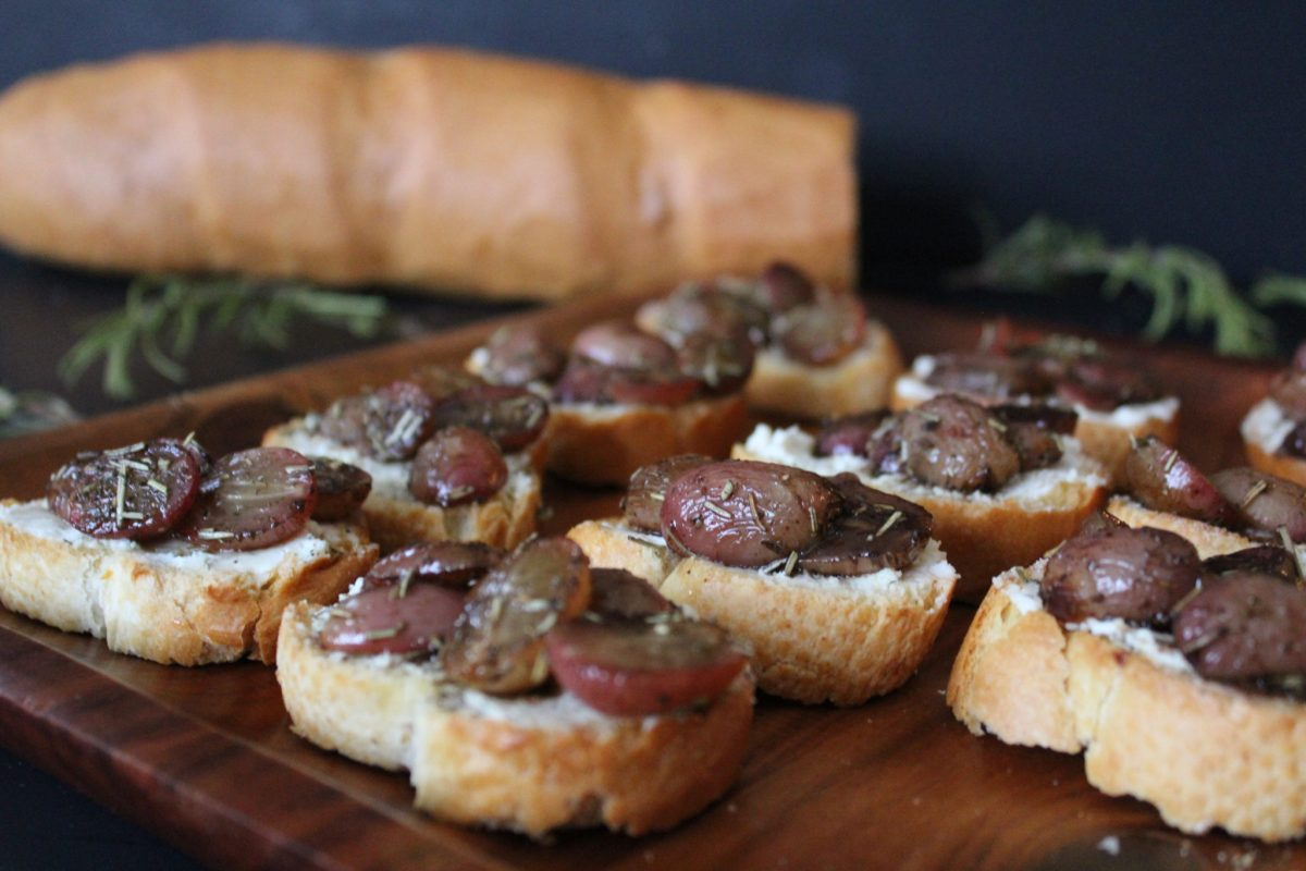 Roasted Grape & Goat Cheese Crostini