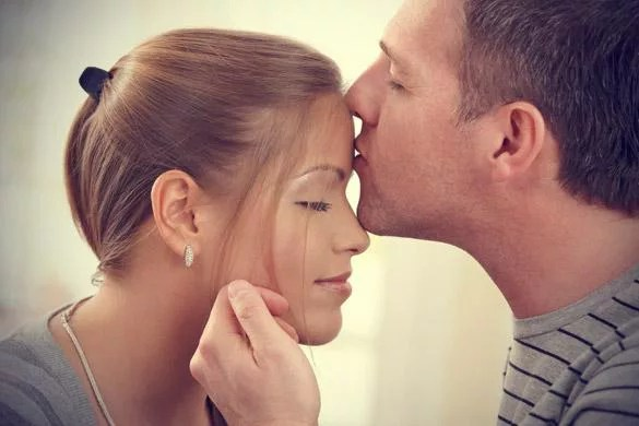 Humans spend 3 week in kissing