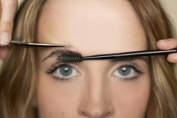 tips to trim your eyebrows