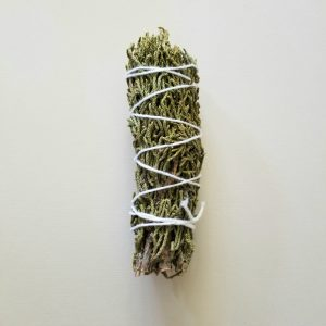 Juniperus communis Smudge Bundle Also known as Ancient Smudge. Juniper is an ancient plant. It has masculine protective energy. It is used in blessing spells to cleanse, clear and protect This cleansing allows for clear-thinking for all those that come within the space. Safety and a commitment to a protected sanctuary become the goal of anyone entering the dwelling. Chakra: Crown