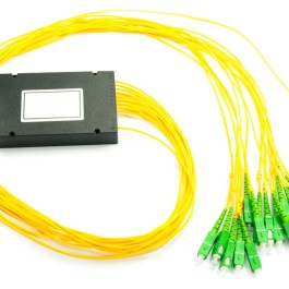Splitter PLC 1x16 ABS box SM 2mm 1m SC/APC