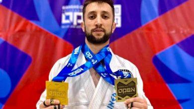 """Photo of Shqiptari Enea Lapa, triumfues, zë vendin e parë në """"Austin Open"""""""