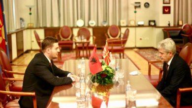Photo of Cakaj takon Ali Ahmetin: Shqipëria do vijojë mbështetjen për forcimin e faktorit shqiptar