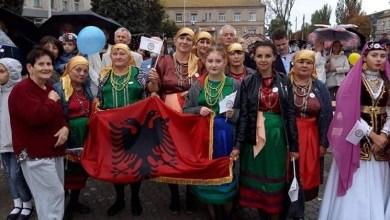 Photo of Ukrainë/ Mësimi i gjuhës shqipe si formë e ruajtjes së identitetit kombëtar