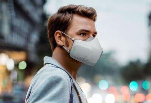 lg puricare wearable air purifier 2020