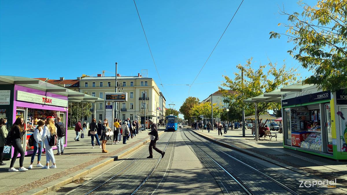 trg kralja tomislava - glavni kolodvor zagreb - listopad 2020.