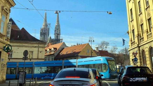 zagrebačka katedrala - vlaška ulica, zagreb - siječanj 2021.