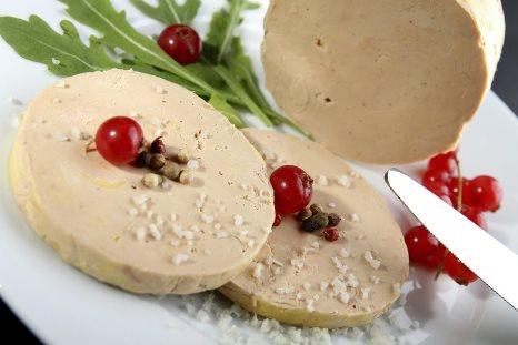 Печень гусиная фуа-гра. Классический рецепт из четырех компонентов.