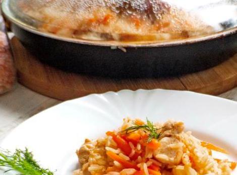 Плов из индейки на сковороде. Быстрый, ароматный и рассыпчатый.