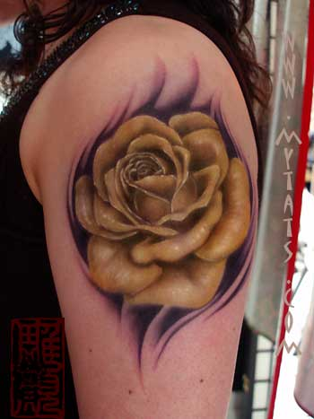 Japanese Rose Tattoos: Japanese Tattoo Picture This particular rose tattoo