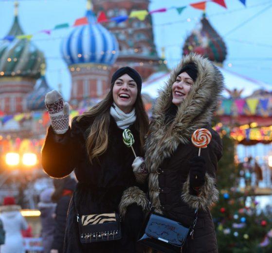 Москва, школьные туры, туры для школьников, школьные группы, каникулы в Москве, школьные каникулы, зима, Новый год, праздники, зима в Москве, туристы, экскурсия по Москве, туры в Москву, туроператоры, дети, групповые туры, сборные туры, туризм в Москве