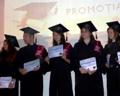 """Sărbătoarea absolvenţilor la """"Vasile Sav"""""""
