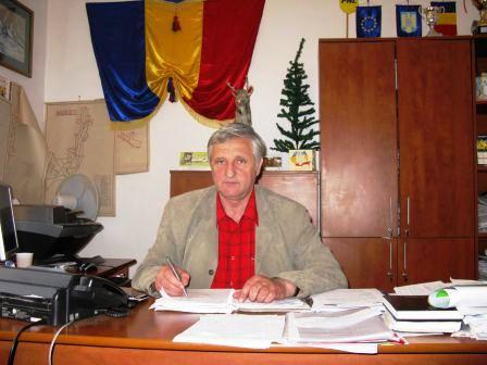 Primarul din Ion Creangă a dat în judecată Curtea de Conturi