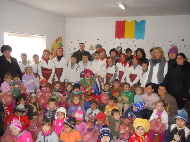 copiii de la grădinița din Bălușești