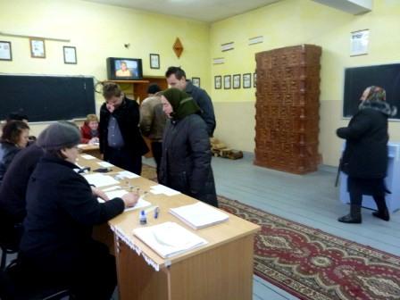 """Urmașul """"domnului primar Cojocaru"""" a fost ales, la Doljești"""