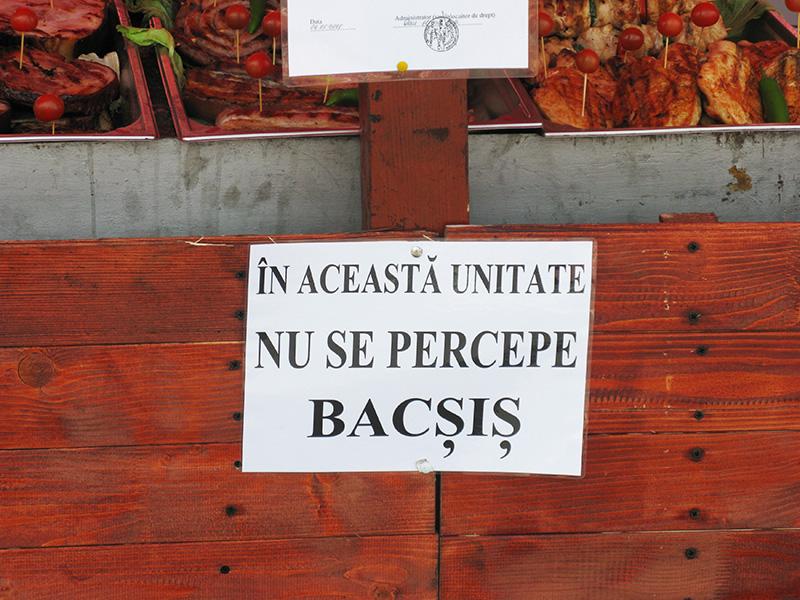 Comercianții de la Zilele Romanului nu primesc bacşiş