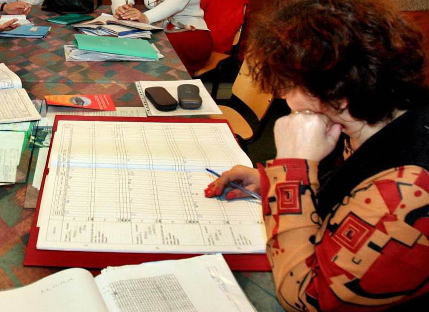 Candidații la funcțiile de directori de școală, programați la interviu și evaluarea CV-ului