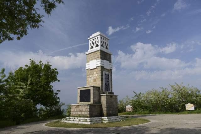 monumentul-vanatorilor-de-munte-tirgu-neamt