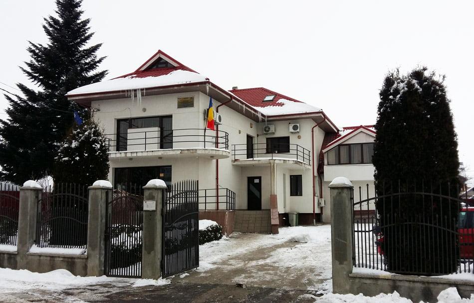 138 de locuri de muncă pentru romașcani. Ce agenți economici fac angajări în zona Roman
