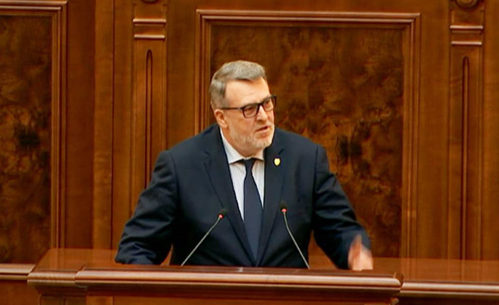 Lege co-inițiată de senatorul PNL Eugen Țapu-Nazare, promulgată de președintele Klaus Iohannis