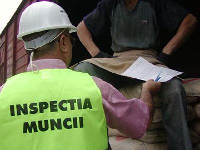 Amenzi de 200.000 de lei aplicate de ITM Neamț în luna iunie, pentru munca la negru