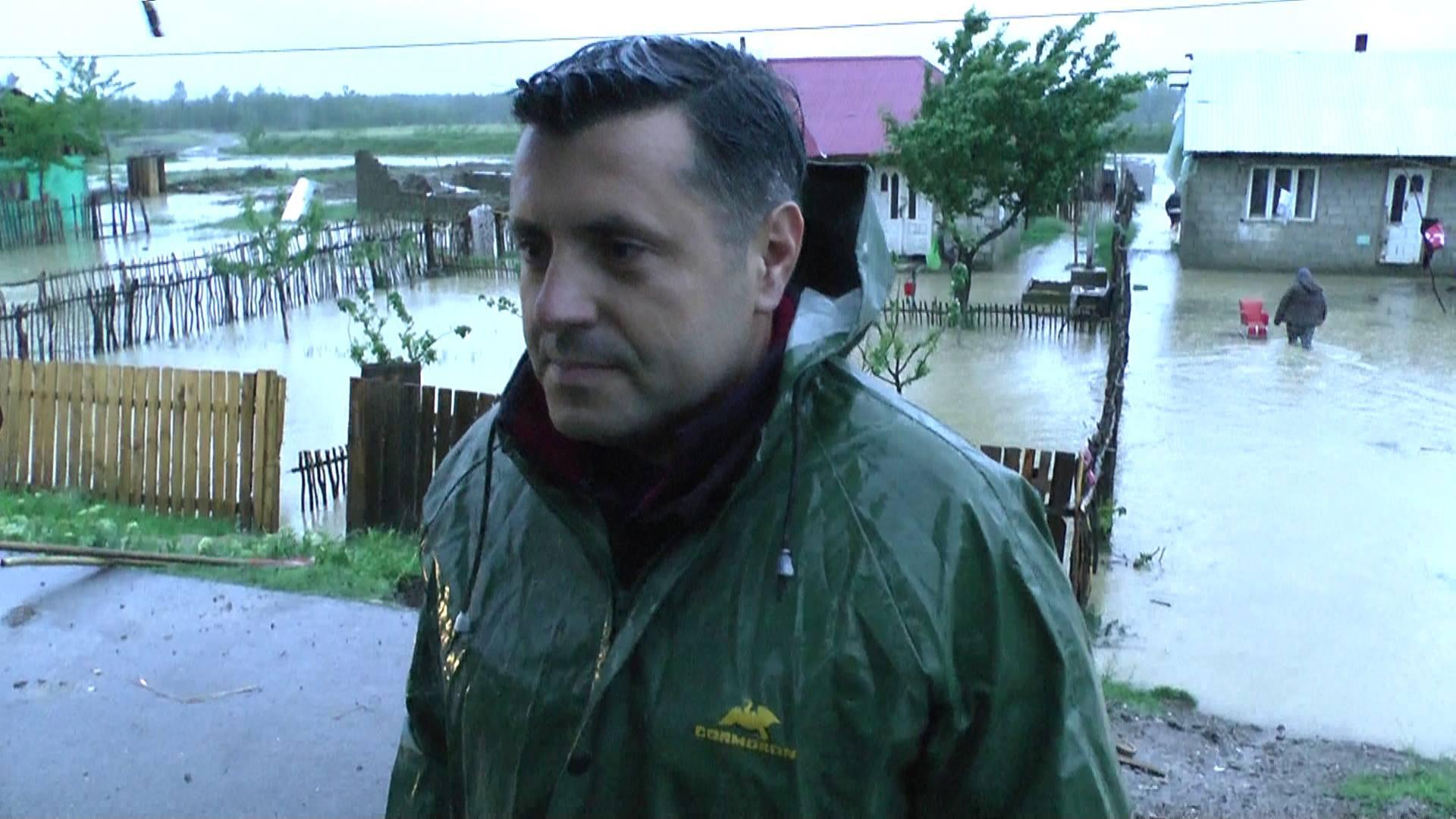 Prefectura cere sprijin de la Guvern pentru localitățile afectate de ploile de sâmbătă