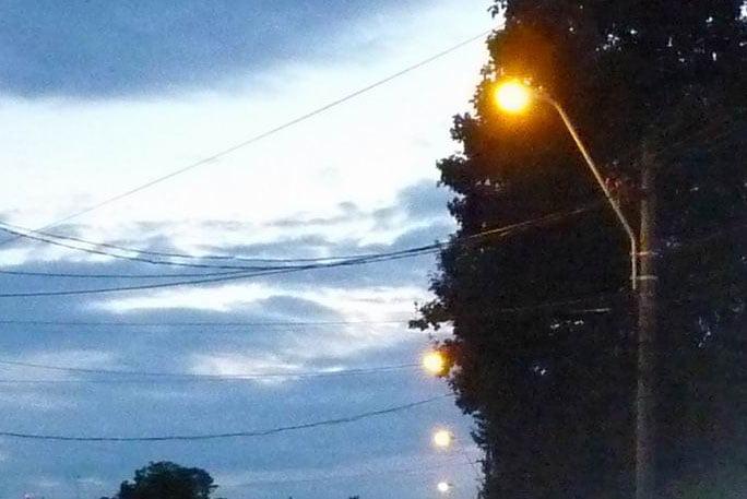 Se pornește iluminatul public de la sensul giratoriu