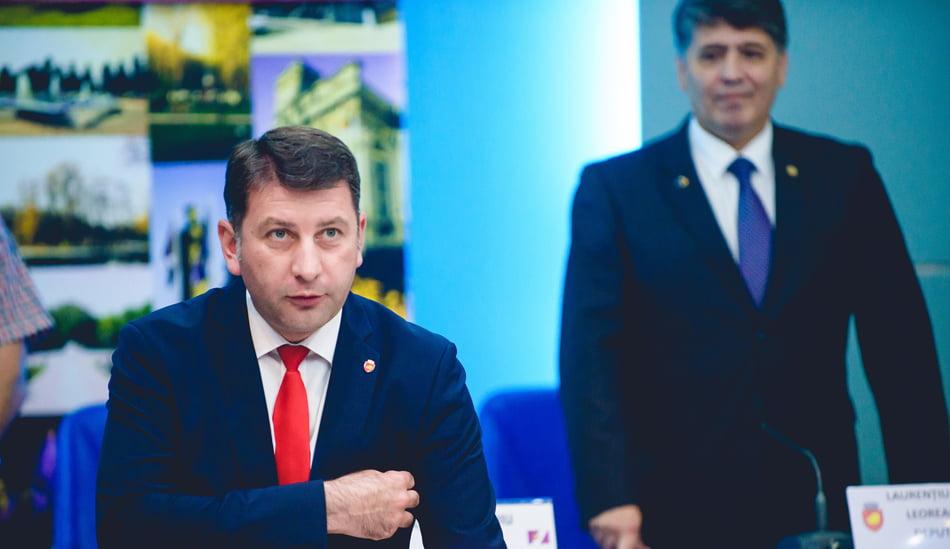 Romanul are, după alegerile de pe 11 iunie, primar și viceprimar. Primăria Roman a rămas fără city manager