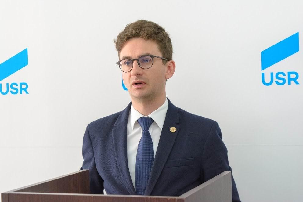"""Deputatul USR Iulian Bulai: """"Mă bucur că votanții USR PLUS au fost consecvenți în a susține varianta decentă pentru România"""""""