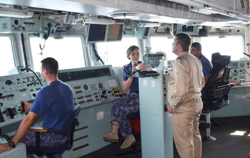 """Locotenentul romașcan Ștefana Farcaș, cu Fregata """"Regele Ferdinand"""" în cadrul Operației NATO """"Sea Guardian"""" pe Mediterana"""