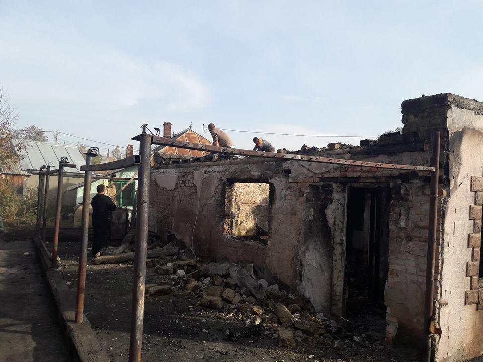 Apel umanitar pentru o familie rămasă fără casă în urma unui incendiu