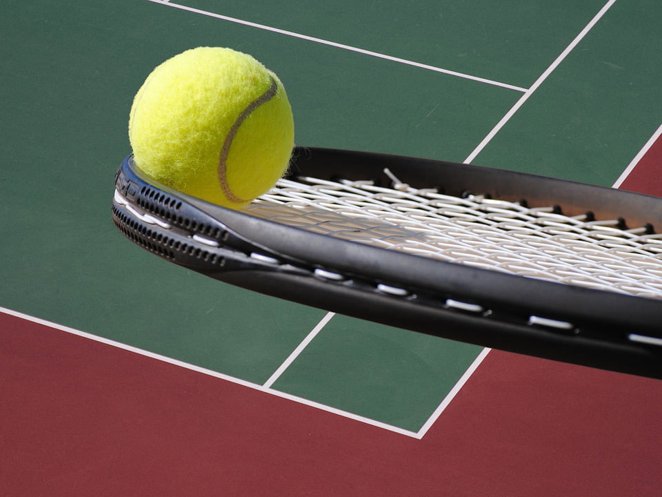 Turneu de tenis pentru copii, la Sala Sporturilor din Roman