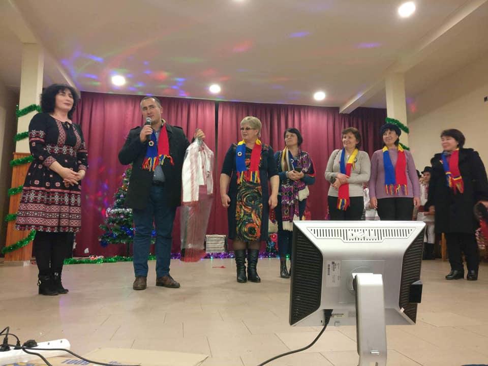 """Oaspeți din Basarabia la Școala Gherăești, în cadrul proiectului """"Patrimoniul cultural. Artă populară, tradiții și obiceiuri românești"""""""