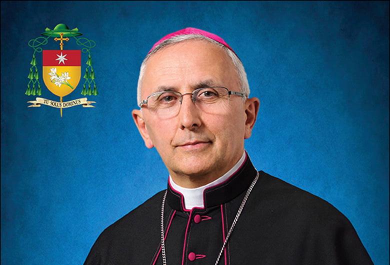 Noul episcop catolic de Iași va fi consacrat marți, 6 august