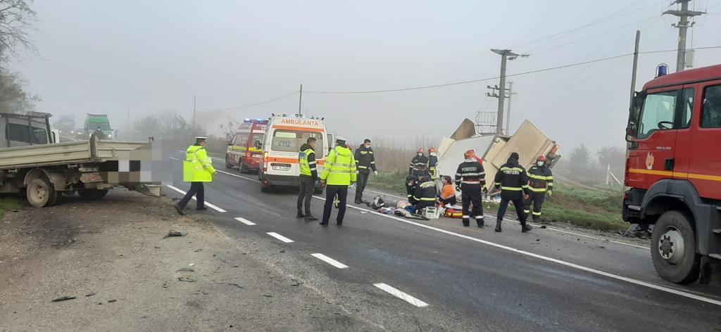 Accident rutier pe E 85, la Tețcani. Un bărbat a decedat, altul a fost grav rănit