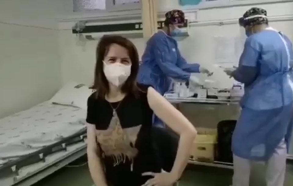 """Managerul Spitalului Roman, medicul Maria Andrici: """"Nu am ezitat nicio secundă să îmi doresc imunizarea"""""""