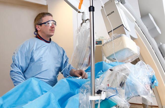 """""""Peste 30% dintre pacienții care necesită coronarografie au recomandare pentru proceduri intervenționale"""""""