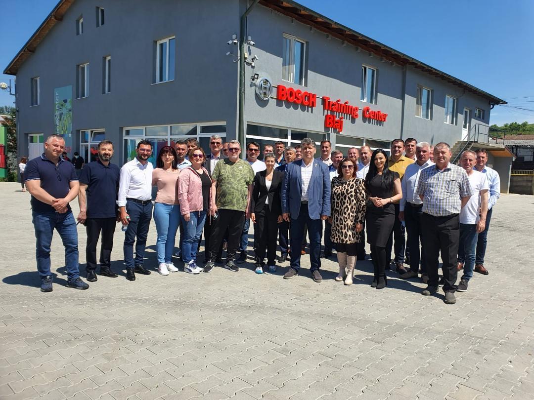 """Deputatul PNL de Neamț, Laurențiu Leoreanu: """"În următoarele 6 luni trebuie să finalizăm un plan concret pentru proiectele din fonduri europene care să modernizeze județul Neamț. Mă voi asigura că fiecare comunitate din Neamț va beneficia de cel puțin un proiect pe fiecare din cele trei mecanisme de finanțare"""""""
